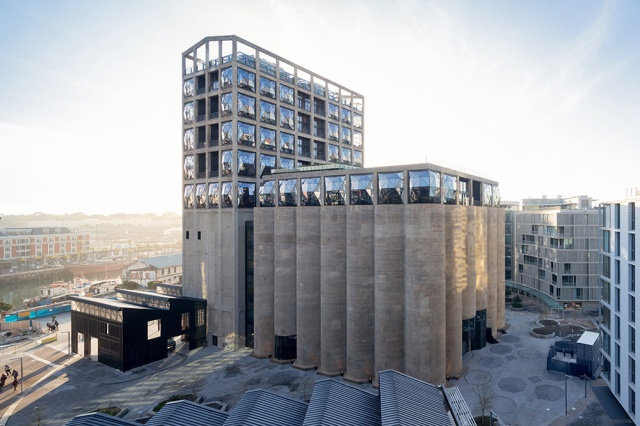 776_3_HR_ZeitzMOCAA_HeatherwickStudio_Credit_Iwan-Baan_View-of-Zeitz-MOCAA-in-Silo-Square